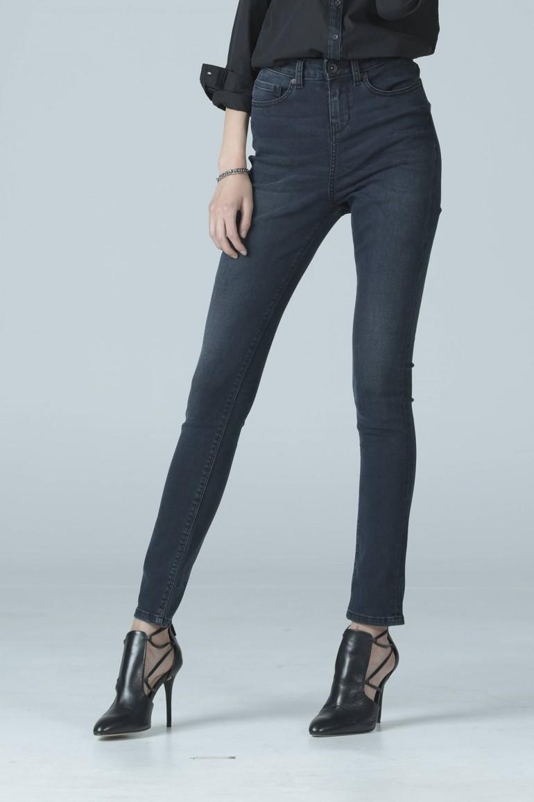 Mc Jeans กางเกงทรงขาเดฟ